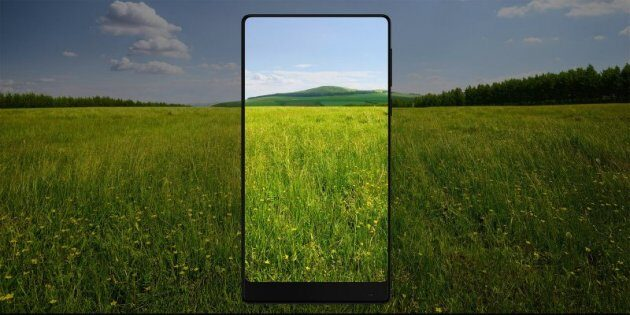 ТОП-10 безрамочных смартфонов